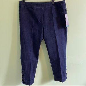 Soft Surroundings | NWT Straight leg Capri |XL(18)